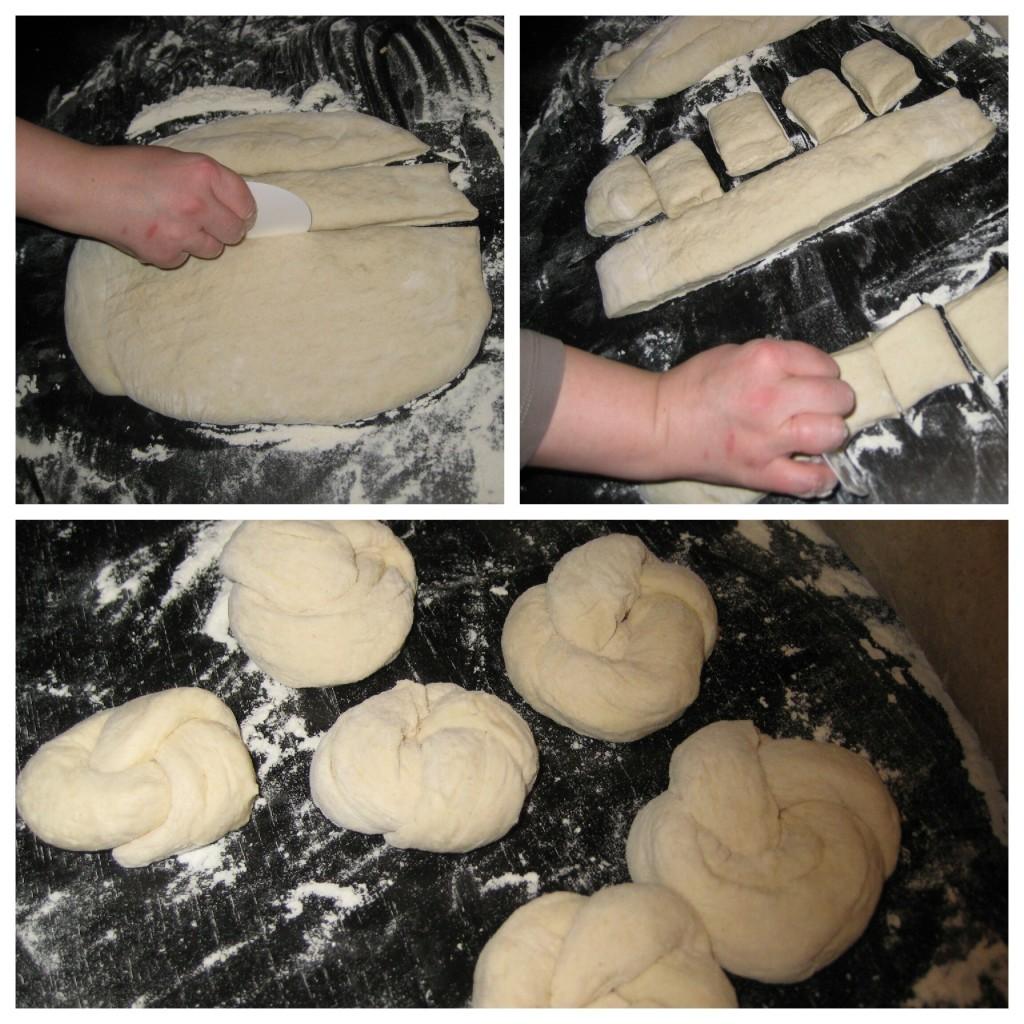 Mit einem Teigschaber in Streifen schneiden. Dann können die Brötchen entweder in Quadrate oder Rauten geschnitten werden oder jeweils eine Schlange gerollt und ein Knoten daraus geformt werden.
