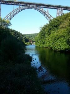Die Müngstener Brücke ist die höchste Eisenbahnbrücke Deutschlands